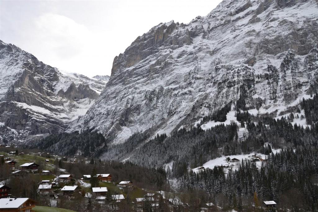 Herbst: Westsicht Eiger / unterer Gletscher